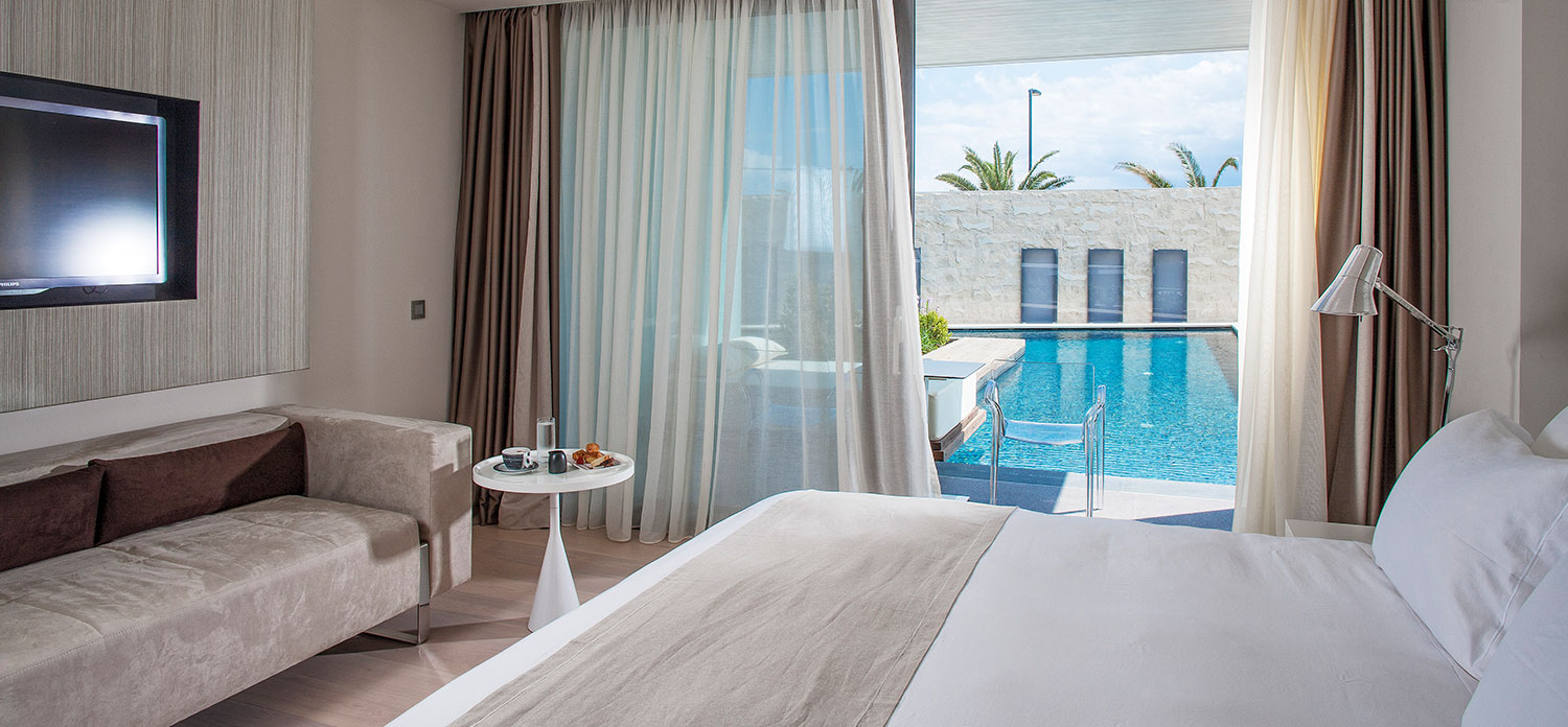pool-signature-suite-kos-island-aqua-blu